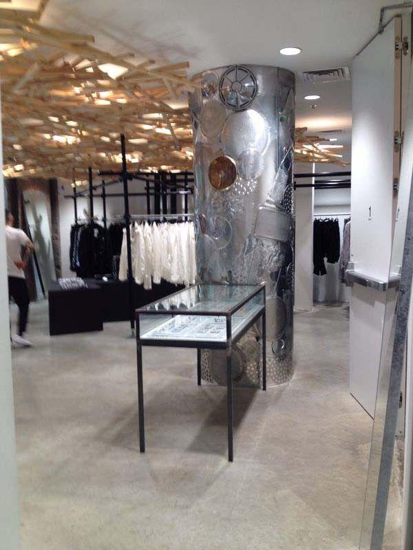 Marina Debasa, visita a maravilhosa loja Dover, em Nova Iorque